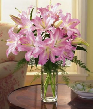 Lovely Lilies (T12-2)