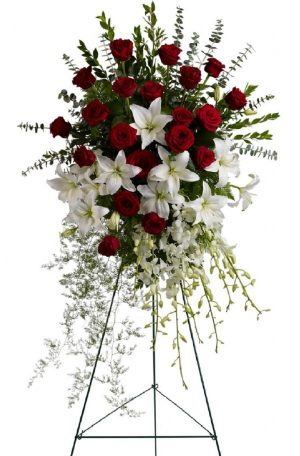 Lily & Rose Tribute Spray (T226-1A)
