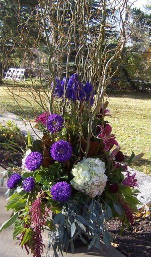 Garden Urn (WED13-07)