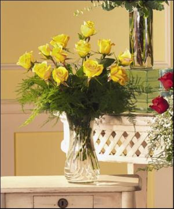 Yellow Rose Vase T30 3 Bunches Flower Co