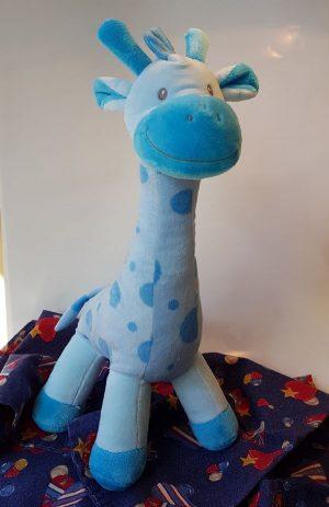 Smiling Giraffe- blue (BG16-02)