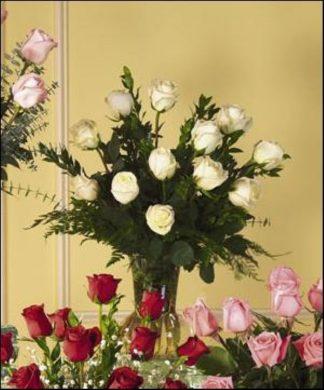 White Rose Vase (T30-2)