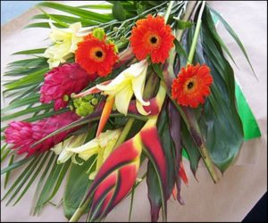 Tropical Super-Bunch with Gerbera (VD08-06g)